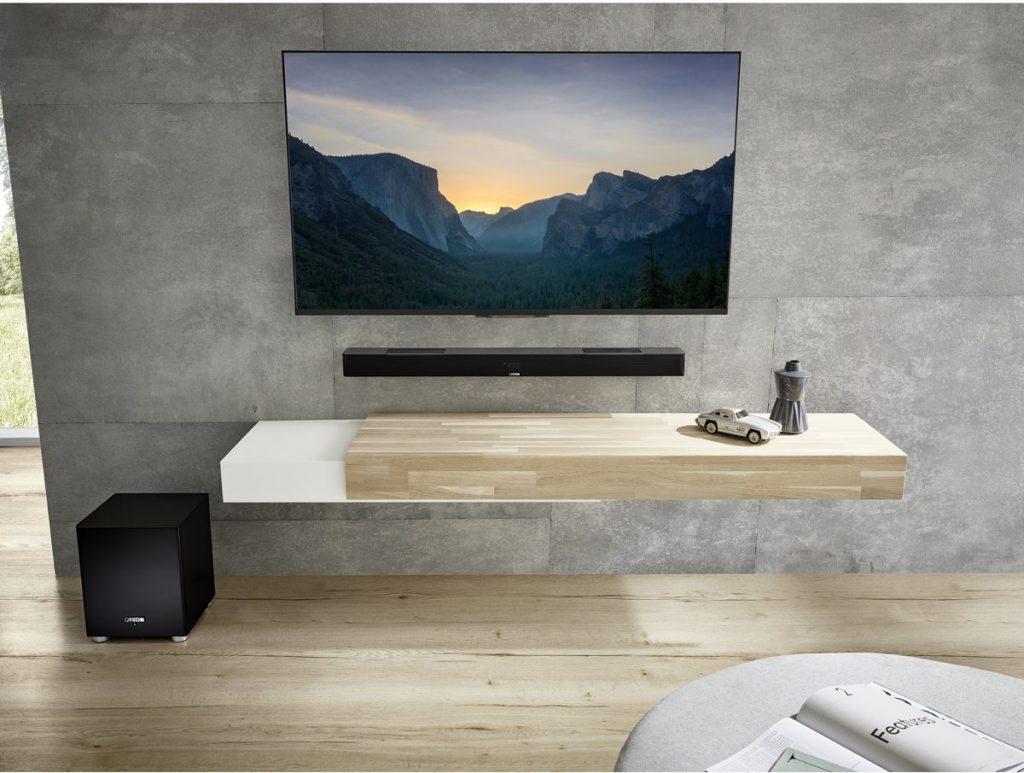 Canton Smart Soundbar 10 gemonteerd aan muur