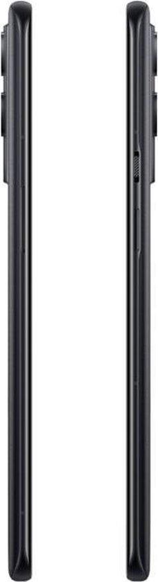 OnePlus 9 en 9 Pro review zijkant